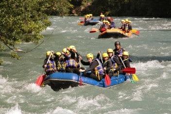 Rafting teambuilding en Savoie sur l'Isère
