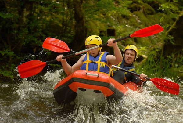 Canoe raft sur la Cure