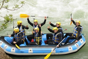 Week end enterrement de vie de garçon Haute Savoie AN Rafting